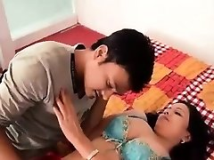 Warm Bhabhi Making Romance