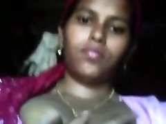 desi uber-cute Indian Maid Jugs