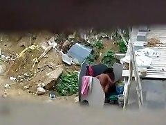 चाची स्नान नग्न में बाहर उसके आदमी की मदद करने Captured2