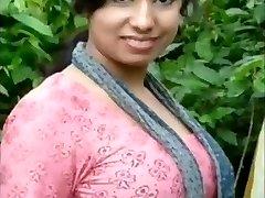 Nandini Bengali Kolkata SUURED RINNAD TIHE VAGIINA