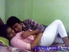Huge-titted Desi Indian Innocent College GF Fucked by BF