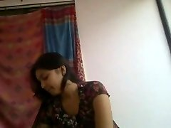 Super mielas ir raguotas desi indijos mergina