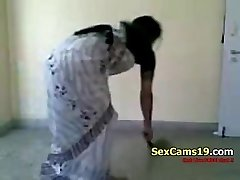 Bangla Desi Wife Beautiful Farting Home Aloneb On SexCams19