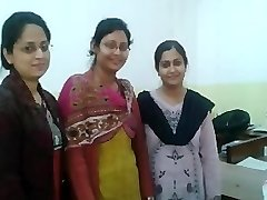 Soumita and her desi friend enjoy your big manmeat