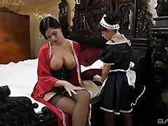 Jasmine Jae vždycky chtěl mít sex s ní, kouření sexy služka