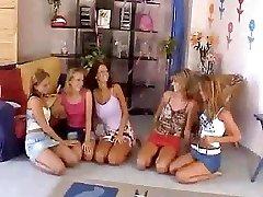 Pět Dívek Orgie - M27