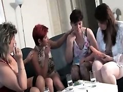 Mischievous mature beotches get Mischievous rubbing part1
