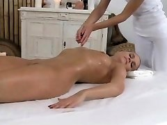 Massage Rooms - Nice blonde enjoys an oily 69