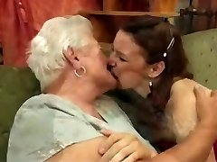 Lesbo Granny