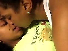 Two Super-cute Black Lesbians Make Out In Bed