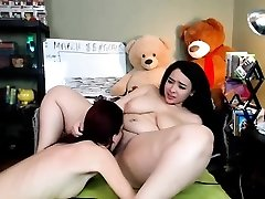 Fat Lezzie Girl Lick Round Pussy