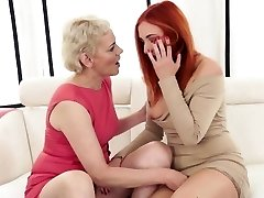 Mature doll fisted by euroteen stunner