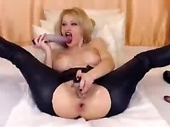 My Wide Open Hole Unloads Hard-shesoncam.com