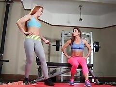 Fitness Model Análně Podá Trenér