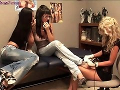 3way Lesbo date in Tattoo Shop