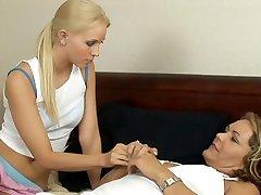 Brea Bennett & Kelly Leigh in G/g Seductions #17, Gig #01