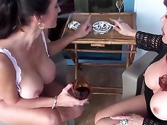 Cougars Adventure 1 (Two Smoking Hot Lesbo Milfs)