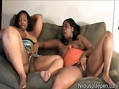 Dual Girly-girl Climax : Nilou Achtland & Eve