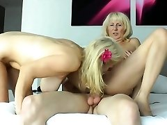 Inexperienced sorority first time lesbian sex threesome