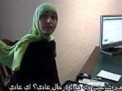 Marocké děvka Jamila se snažil lesbický sex s dutch girl(Arabic titulků)