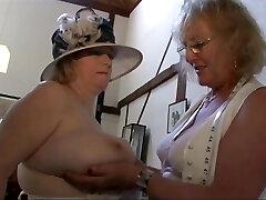 2 Old Lesbians 2