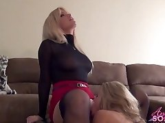 Breasty golden-haired boss makes maid eat her pussy