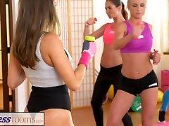 FitnessRooms Lesby, aby se navzájem cum po tělocviku