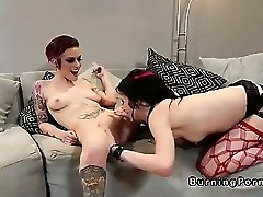 Emo lesbian babes fingering and cord on fucking