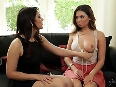 Melissa Moore and her Language Lecturer Valentina Nappi