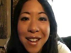 Chinese Lesbian taste her first Blondie