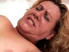 mature enjoys bbc in her booty