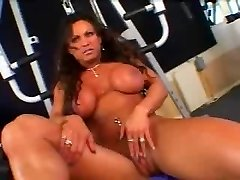 Warm Mature Big-chested Brunette Bodybuilder Banged