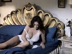 Naughty Mature Woman Wanting Some Spear