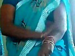 hot matured aunty thighs massage self n showing her panty