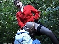 red-hot pussy inhale in public park