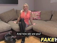 Fake Agent UK Cute horny MILF with shaven gash pulverizing