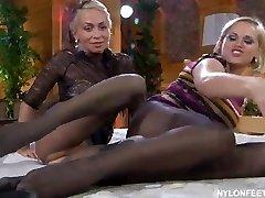 RUSSIAN MATURE NINETTE & SUSANNA 01