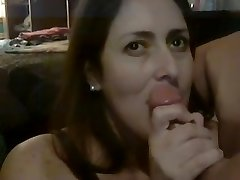 Wife gargle for jizz and swallows