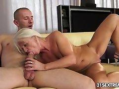 Ultra Hot Grandmother Donk