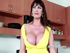 Eva Big-titted slut Take a bick black dick