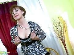 OldNannY Steamy Mature Lady Solo Onanism Showoff