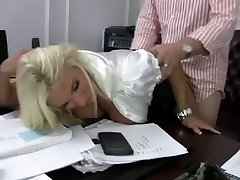 Blonde Slut Mommy Fucks her Boss