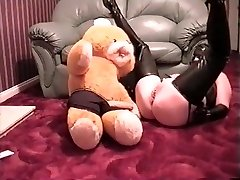 miss rubber gets cub to rub her snatch