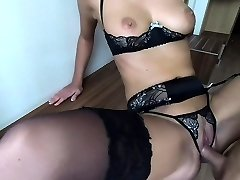 amateur mom fuc with a guy