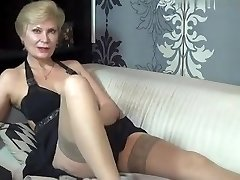 kinky_momy intimate flick on 07/06/15 15:53 from MyFreecams