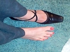 sexy mature sole boot fetish