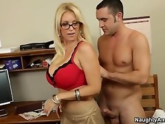 Oral hump lesson with my scorching blonde teacher
