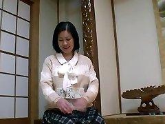 52yr elder Grandmother Toyomi Furui gets Creamed (Uncensored)