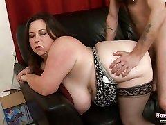 Meaty Tits Mature Roxy J Gets Poked