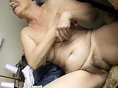 Concupiscent Old plump Granny Masturbating with dildo